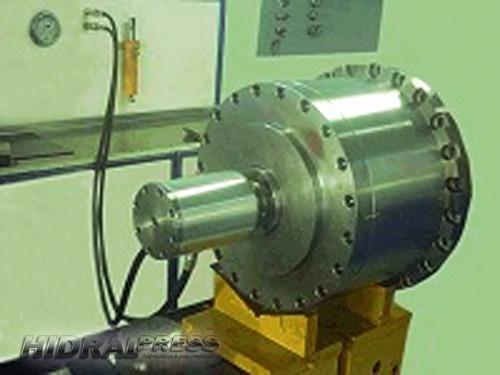 Conserto de equipamentos hidraulicos