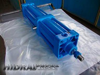 Manutenção de cilindros pneumaticos