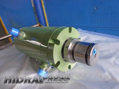Reparo de cilindros rotativos